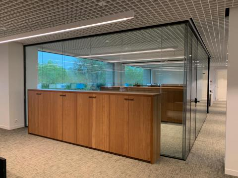 Glass doors and walls - Kennedypark headquarters 4