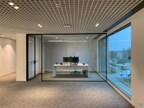 Glass doors and walls - Kennedypark headquarters 1